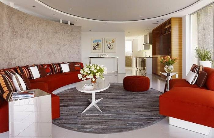 Circular arrangement of furniture