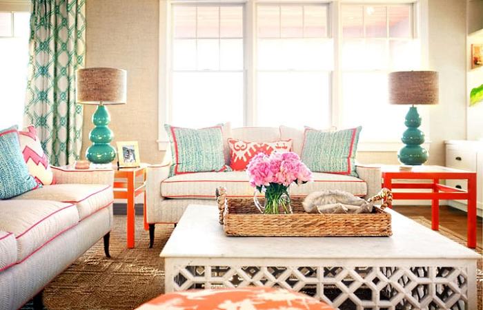 Symmetrical arrangement of furniture